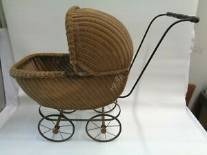 Vintage Antique Wicker Baby Or Doll Carriage Stroller With Adjustable Canopy