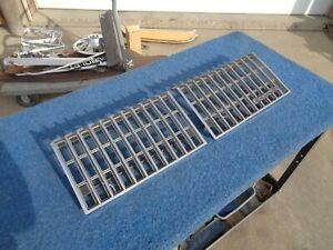 1978 1979 Olds Oldsmobile Cutlass Grills