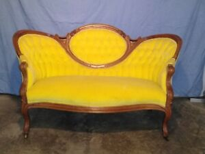 Antique Victorian Humpback Carved Loveseat Sofa Couch Beautiful Pick Up Only