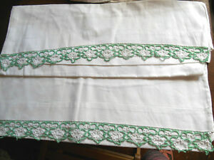Vintage Pair Pillowcases White Green Tatting Edge Lace Cotton Bed Traditional
