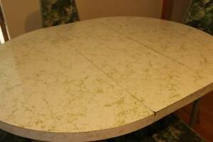 Vintage Mid Century 1960 S Formica Kitchen Dining Room Table Green White