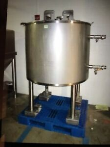 200 Gallon Walker Stainless Steel Jacketed Mix Tank W Split Lids On Castors