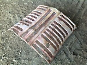 Used Ih Farmall 300 Grill Center Section