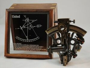 Nautical Sextant Brass Navigational Tool 5 X 4 5 X 2 5 In Nice Wooden Case
