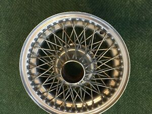 Jaguar Xke Series One 72 Spoke 15 Inch Chrome Wire Wheel For Decorative Use