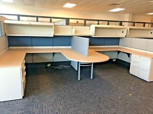 7 1 2 X 7 1 2 Cubicle System By Haworth Premise