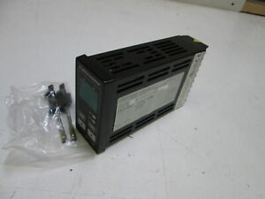 Eurotherm Temperature Controller 808 th t 0 0 0 qls ajhf130 ce Used