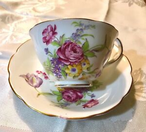 Vanderwood Bone China Tea Cup And Saucer Floral Decor England Beautiful