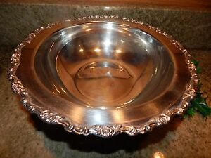 Oneida Footed Silver Plate Serving Bowl Beautiful