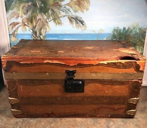 Antique Vintage Trunk Doll Chest Wood Paper Tray Inside 14 X 7 5 X 7 5