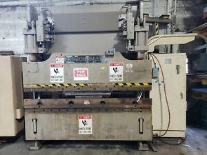 Cincinnati 90 Ton Autoform Press Brake With Dies