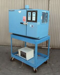 Thermotron S1 2 Mini max Env Test Chamber 100 f To 350 f For Parts repair