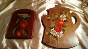 Two Vintage Hand Painted Apples On Wood Bread Cheese Boards Wall Decor 1960s 70s
