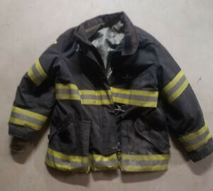 Lion Firefighter Janesville Apparel Turnout Bunker Coat 48x32r