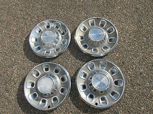 1968 Plymouth Fury Hubcaps