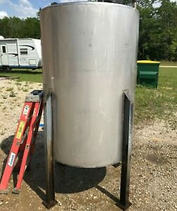 350 Gallon Stainless Steel Vertical Mix Tank With 2 Hp Mixer On Legs Cone Bottom