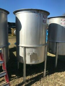 380 Gallon 316 Stainless Mix Tank W 1 5 Hp Mixer Vertical With Dish Bottom