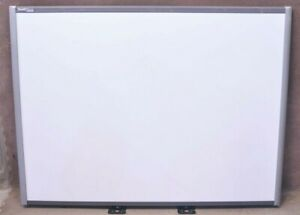 Smart Sb680 77 Smartboard Interactive White Board no Tray