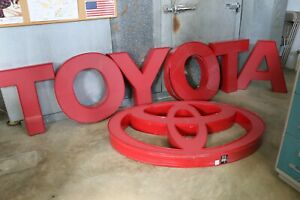 Neon Toyota Signs