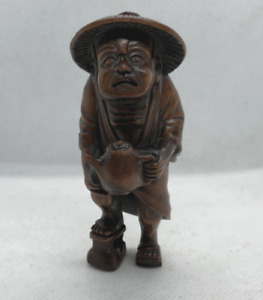 Antique Japanese Carved Netsuke Of An Old Man Made From Boxwood Inro Sagemono