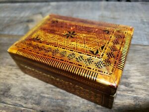 Vintage Carved Wood Art Box Stained Pearl Inlay Primitive Folk Jewelry Keepsake