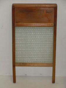 Vintage Standard Family Size No 2080 Wood Ribbed Glass Washboard Very Nice