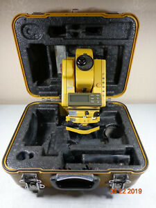 Topcon Gts 302 Gts 300 Surveying Total Station With Case 30 Day Warranty k4