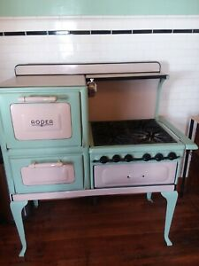 Antique 1930 Roper Cast Iron Gas Stove In Excellent Working Condition