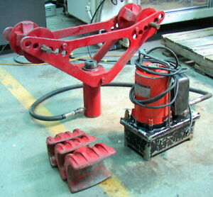 Blackhawk Pipe Bender W 3 3 1 2 And 4 Shoes 8 Ram W Electric Pump