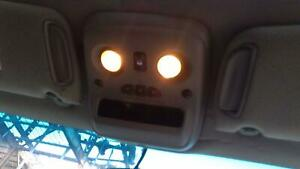 Front Center Roof Console Escalade Ext 03 04 05 06