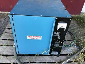 Constant Current Regulator Cooper Industries Single Phase Input 240 Volts