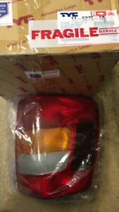 2002 2004 Jeep Grand Cherokee Right Tail Light Lamp Ch28001150 new