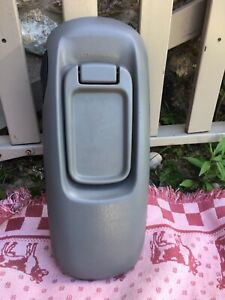 95 99 Suburban Tahoe Yukon Center Console Cover Gray Armest Oem Good