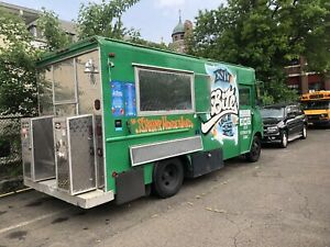 Fully Loaded Food Truck Ready To Hit The Road Immediately