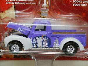 JOHNNY LIGHTNING - COCA-COLA - 1940 FORD PICKUP TRUCK / HOLIDAY ORNAMENT