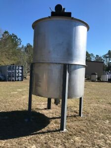 2000 Gallon Stainless Steel Heavy Duty Vertical Mix Tanks W 10hp 2 Available
