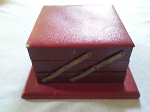 Vintage Antique Style Boxe Collectors Jewelry Decorate Red Made Of Wood Leather