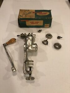 Vintage Universal No 2 Hand Crank Meat Grinder Food Chopper Plus Box Manual