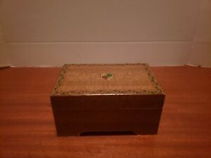 Japanese Vintage Wooden Jewelry Music Box Used