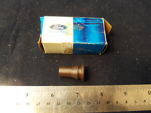 Nos 1973 1978 Ford Thunderbird T Bird Bronco C6 Shifter Insulator Bushing 1975