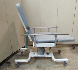 Biodex Medical Deluxe Ultrasound Table Model 056 605 Nice Condition Sr338x