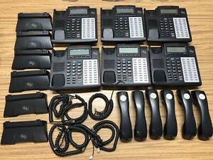 Esi Communications Phone System 48 Key H Dfp With Receivers Stands Lot Of 6
