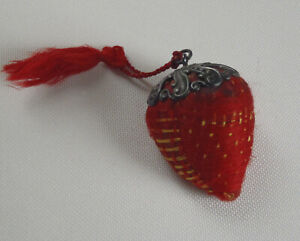 Vintage Strawberry Emery Sterling Silver Cap