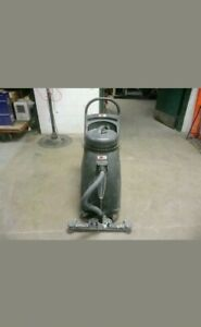 Commercial Wet dry Vacuum And Commercial 20 Burnisher Walk Behind Lot Of 2