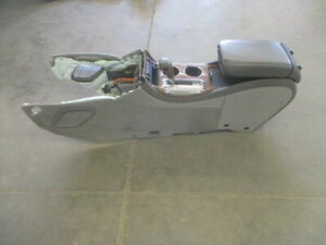 Buick Enclave Gmc Acadia Center Floor Console W Automatic Shifter Oem Lkq