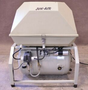 Jun air Quiet Air Compressor Model 2000 Junair Dental 220v 2000 40pd2