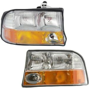 Headlight Lamp Left And Right For Olds Gm2503173 Gm2502173 16526225 16526226