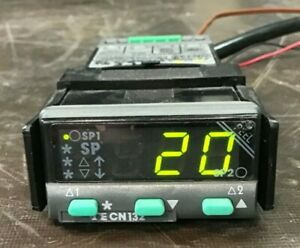 Omega Cn132 Digital Temperature Process Controller Tested