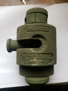 Peck Hale Ctc 1012 32 1 military Container Twist Lock