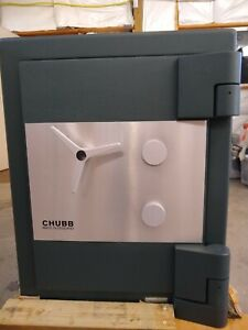 Used Chubb Resolute Bankers Jewelry Very High Security Trtl 15x6 Eq Safe